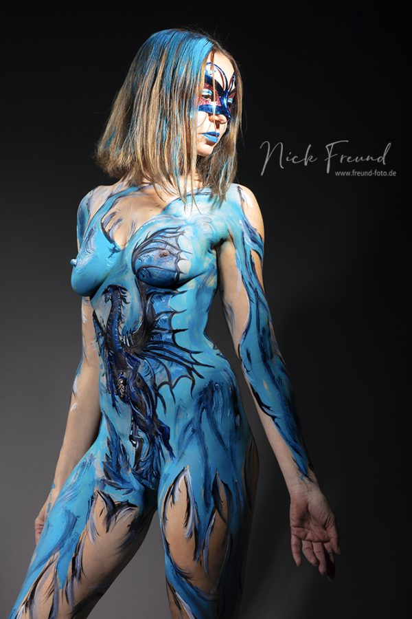 freches Bodypainting Fotoshooting in Nürnberg